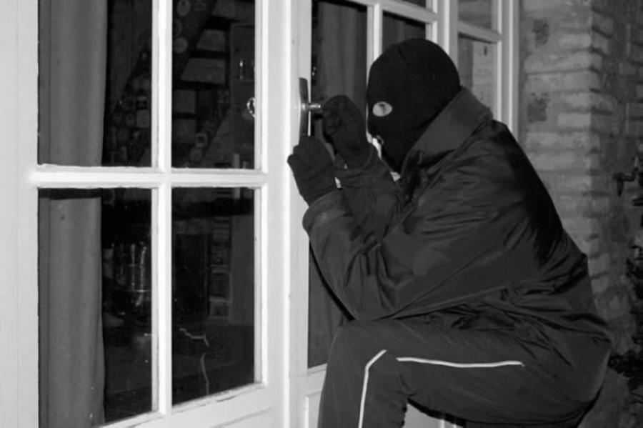 Zabezpieczenie altanki przed włamaniem i na zimę